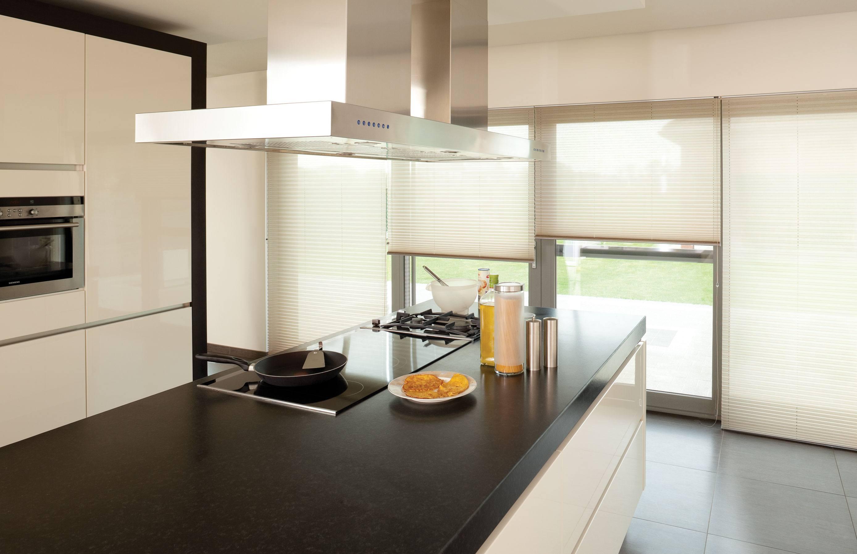 Plise Gordijn 8 : Plissé gordijnen op maat regel de juiste hoeveelheid licht in uw kamer