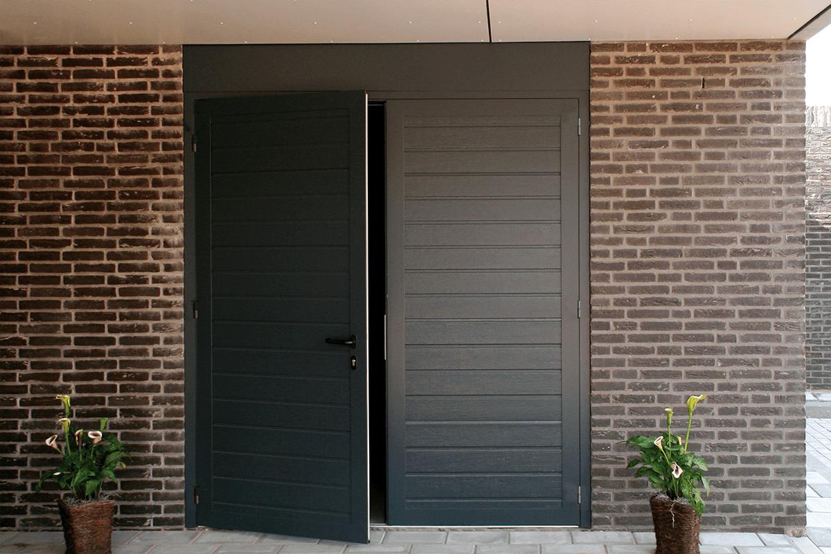 Openslaande garagadeur in Limburg