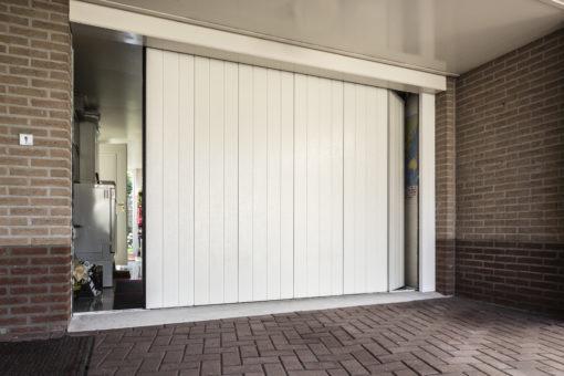 zijwaartse sectionaaldeur
